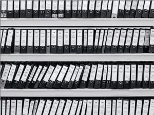 archivos con documentos y datos personales